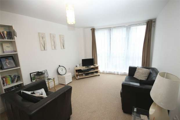 1 Bedroom Flat for sale in Willbrook House, Worsdell Drive, Gateshead, Tyne and Wear