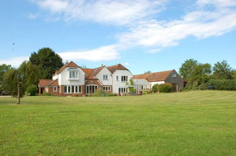 6 Bedrooms Detached House for sale in Equestrian Property With 11 Acres & Stunning Views