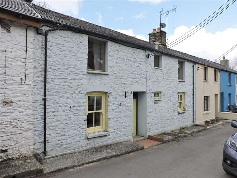 3 Bedrooms Property for sale in Teifi Street, Pontrhydfendigaid
