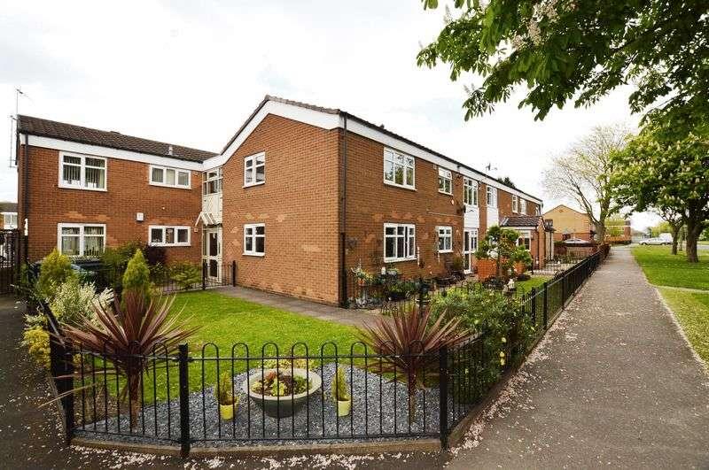2 Bedrooms Flat for sale in Cadbury Drive, Birmingham