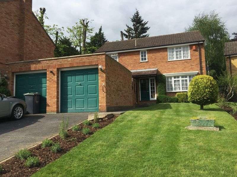 4 Bedrooms Detached House for sale in Portman Park, Tonbridge