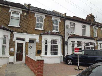 5 Bedrooms Terraced House for sale in Barking, Essex