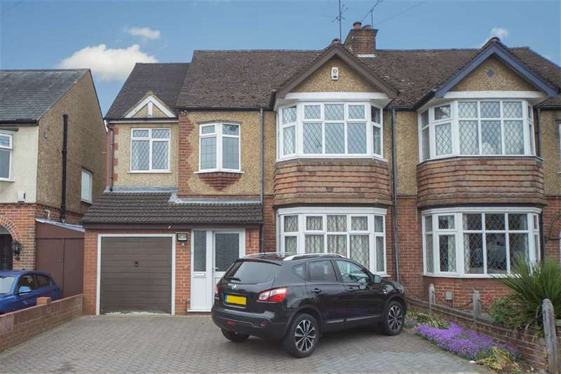 4 Bedrooms Property for sale in Fountains Road, Luton