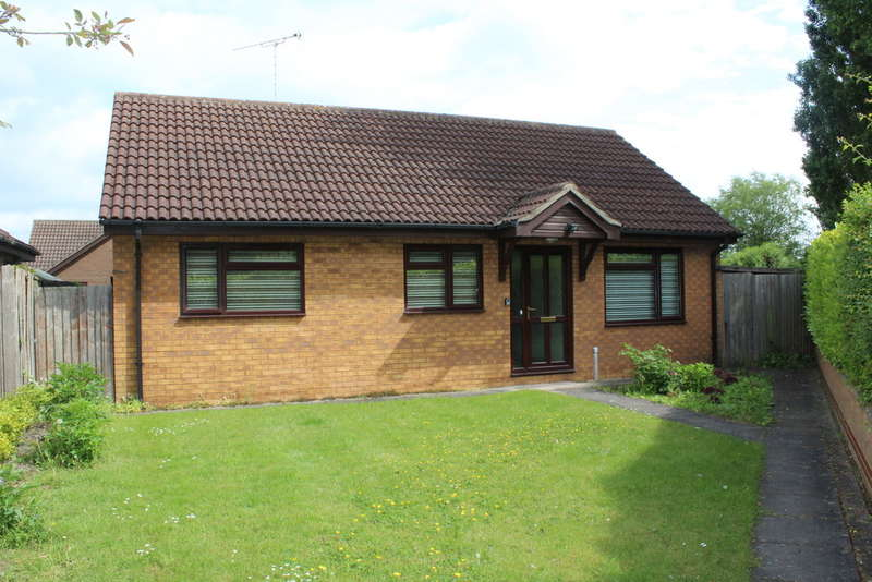 3 Bedrooms Detached Bungalow for sale in Thorpe Lea Road, Peterborough,PE3 6BZ