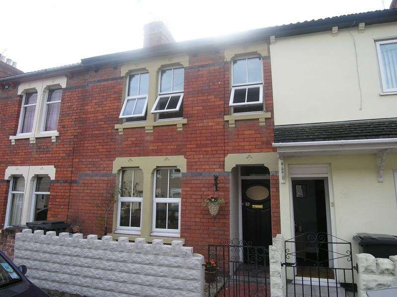 3 Bedrooms Terraced House for sale in Albion Street, Swindon