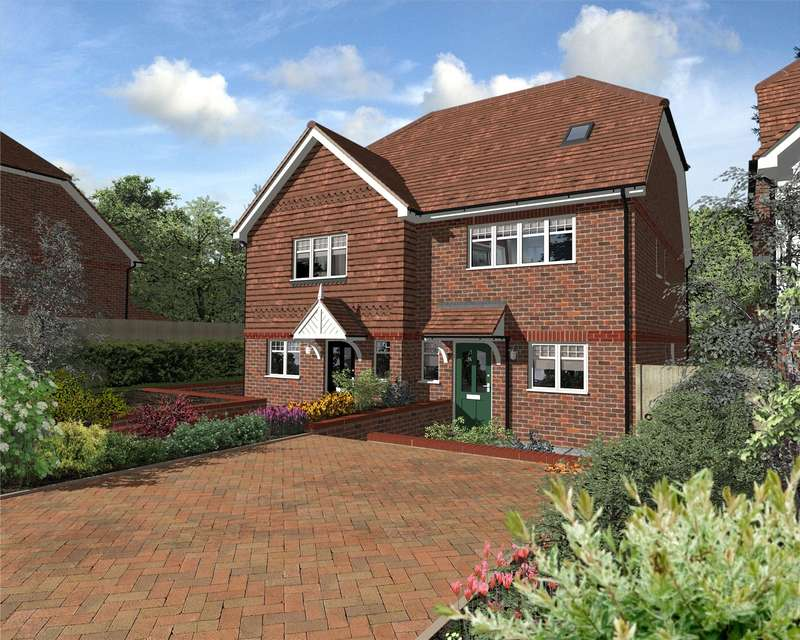 3 Bedrooms Semi Detached House for sale in Harestone Hill, Caterham, Surrey, CR3