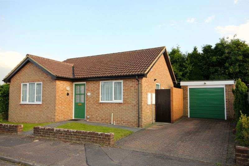 2 Bedrooms Detached Bungalow for sale in Delfield, Caddington