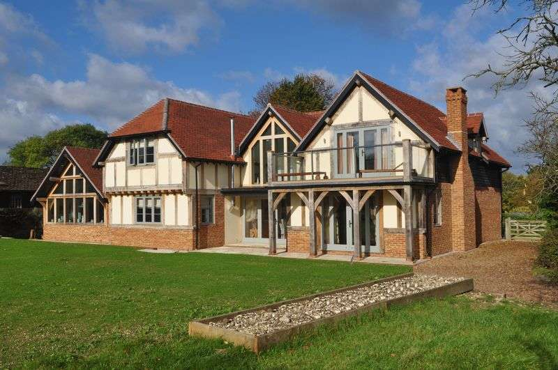 5 Bedrooms Detached House for sale in West Horsley, nr Guildford, Surrey