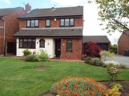 4 Bedrooms Detached House for sale in Swettenham Close, Alsager, Stoke-On-Trent, Cheshire