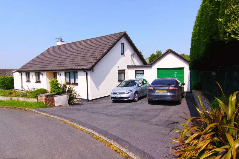 4 Bedrooms Detached Bungalow for sale in Gostwyck Close, NORTH TAWTON