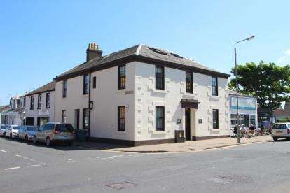 3 Bedrooms Flat for sale in Academy Street, Troon