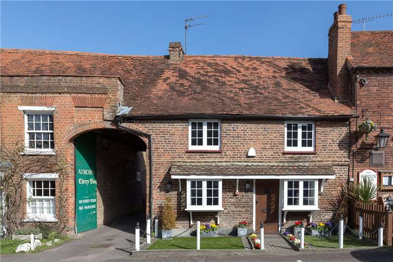 3 Bedrooms Terraced House for sale in Village Road, Denham Village, Buckinghamshire, UB9