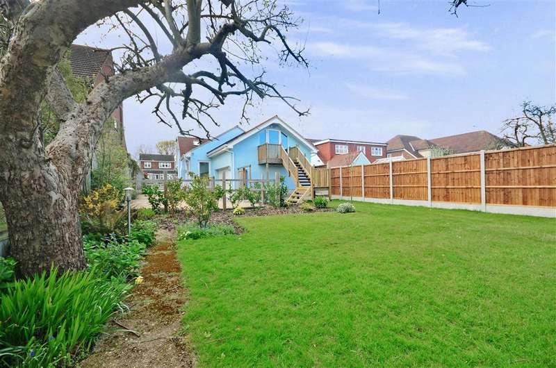 1 Bedroom Bungalow for sale in Lilford Road, Billericay, Essex