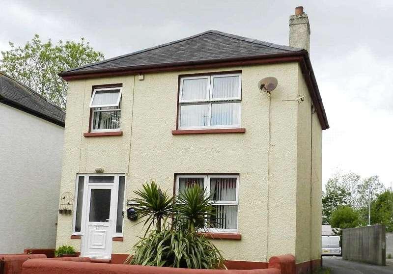 4 Bedrooms Detached House for sale in Hillcrest, Prendergast, Haverfordwest, Pembrokeshire