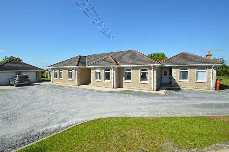 4 Bedrooms Bungalow for sale in 48 Rocks Chapel Road, Crossgar, BT30 9BA