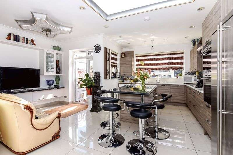 4 Bedrooms Terraced House for sale in Melbourne Avenue,