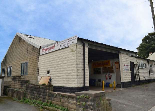 Commercial Property for sale in Station Road, Skelmanthorpe, HUDDERSFIELD, West Yorkshire
