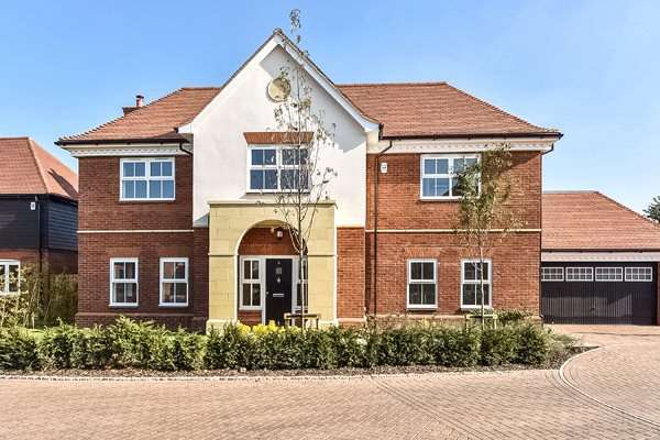 5 Bedrooms Detached House for sale in Mayfield Place, Winkfield, Windsor, Berkshire, SL4