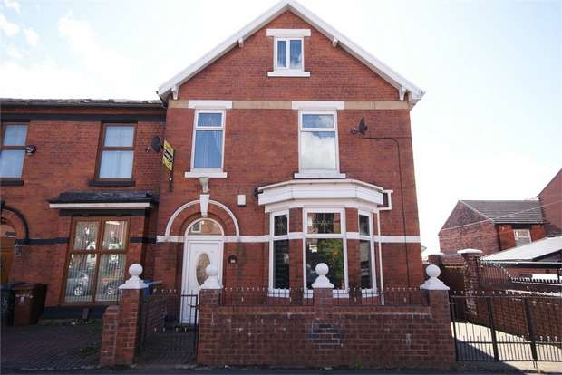 5 Bedrooms End Of Terrace House for sale in Coppice Street, Oldham, Lancashire