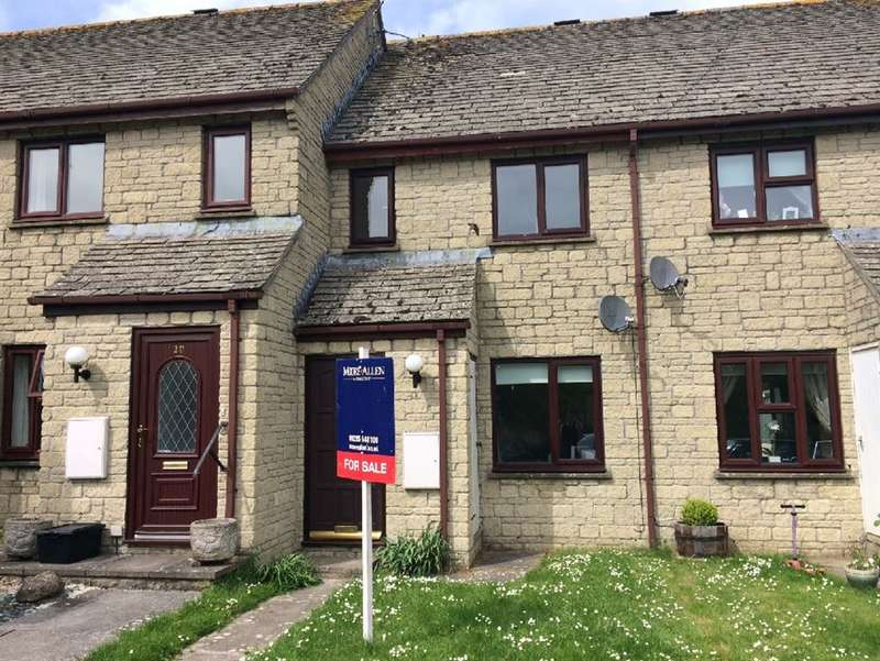 2 Bedrooms Terraced House for sale in Short Hedges Close, Northleach, Cheltenham