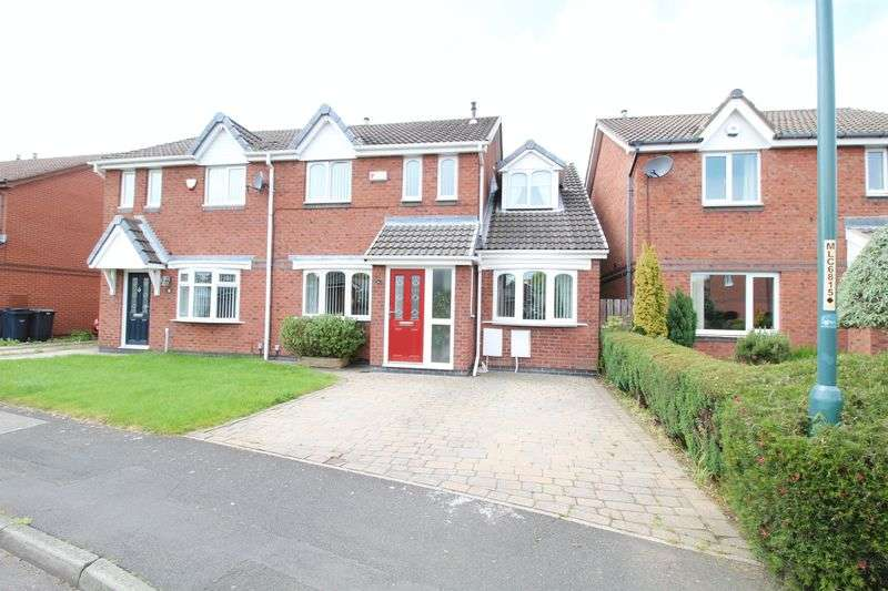 4 Bedrooms Semi Detached House for sale in Woodvale Drive, Hebburn
