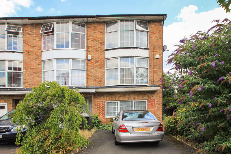 4 Bedrooms End Of Terrace House for sale in St James Close, New Malden