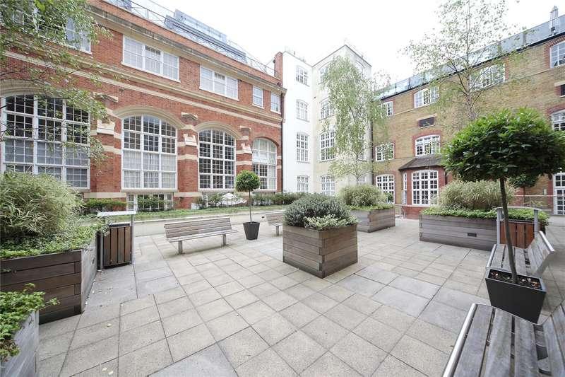 1 Bedroom Flat for sale in Drapers Court, 59 Lurline Gardens, London, SW11