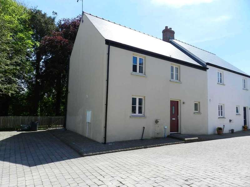 3 Bedrooms Semi Detached House for sale in Rosehill Court, Portfield Gate, Haverfordwest