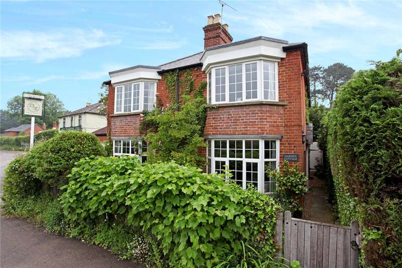 4 Bedrooms Detached House for sale in Woodside Road, Winkfield, Berkshire, SL4