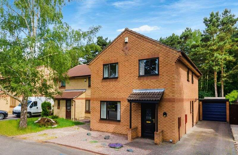 4 Bedrooms Detached House for sale in 10 Jacobean Road, Lincoln