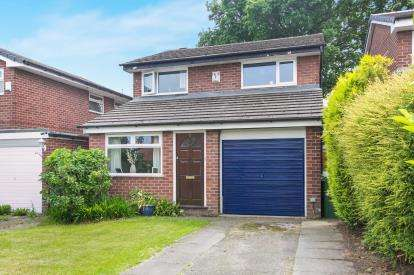 3 Bedrooms Detached House for sale in Barley Croft, Cheadle Hulme, Stockport, Greater Manchester