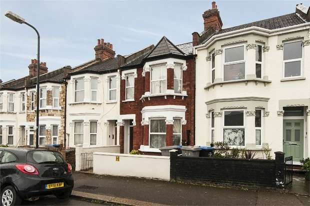 4 Bedrooms Terraced House for sale in Alric Avenue, London