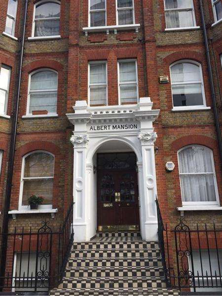 3 Bedrooms Apartment Flat for sale in Albert Mansions, Luxborough Street, Mayfair, London