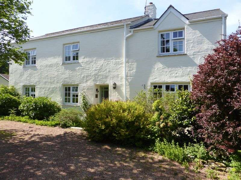 4 Bedrooms Detached House for sale in Idless, Truro