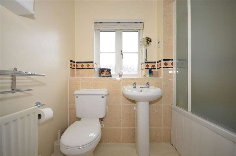 3 Bedrooms Detached House for sale in Chartwell Drive, Maidstone, Kent