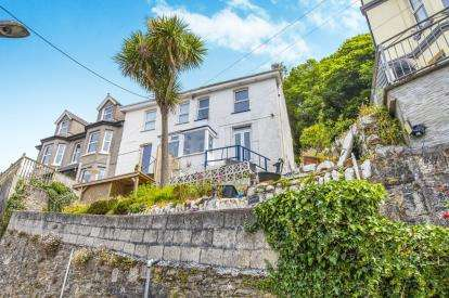 3 Bedrooms End Of Terrace House for sale in Shutta Road, Looe, Cornwall