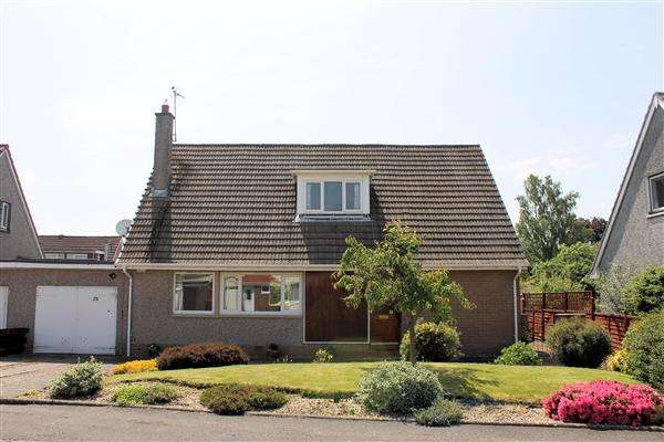 4 Bedrooms Link Detached House for sale in Churchill Drive, Bridge of Allan