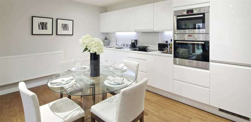 3 Bedrooms Apartment Flat for sale in ,Carnarvon Court, Stanmore Place, Stanmore