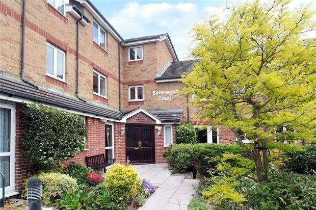 2 Bedrooms Retirement Property for sale in Silverwood Court, Wakehurst Place, Rustington, West Sussex, BN16