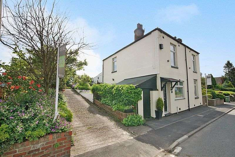 3 Bedrooms Detached House for sale in Sale Lane Tyldesley M29 8PG