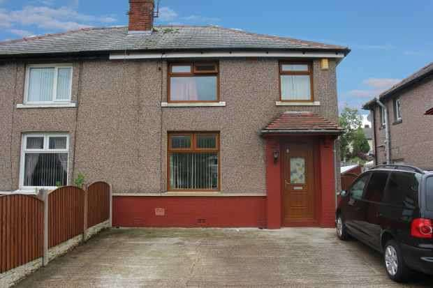 4 Bedrooms Semi Detached House for sale in Regent Street, Nelson, Lancashire, BB9 8LJ