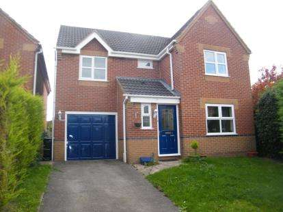 4 Bedrooms Detached House for sale in Everdon Close, Winsford, Cheshire, CW7