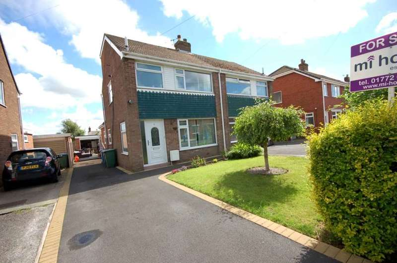 3 Bedrooms Semi Detached House for sale in Marsh View, Newton