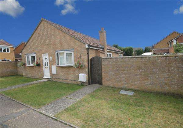 3 Bedrooms Bungalow for sale in The Spennells, Thorpe Le Soken