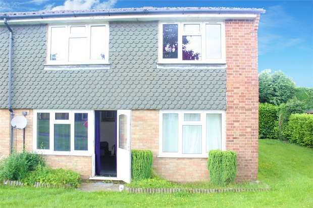 1 Bedroom Flat for sale in Glen Close, Hindhead, Surrey