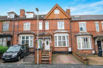 5 Bedrooms House for sale in Grange Road, Dudley, West Midlands, 12 Grange Road