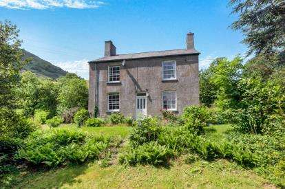 3 Bedrooms Detached House for sale in Llanbedr-Y-Cennin, Conwy, North Wales, LL32