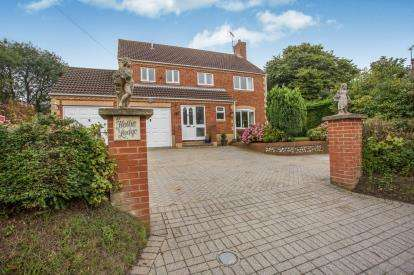 4 Bedrooms Detached House for sale in Sporle, King's Lynn