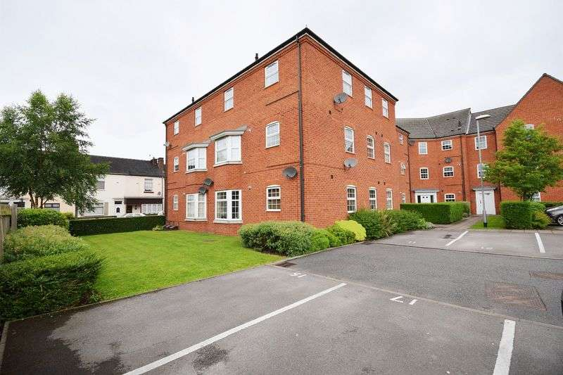 2 Bedrooms Flat for sale in Fenton Hall Close, Stoke-On-Trent
