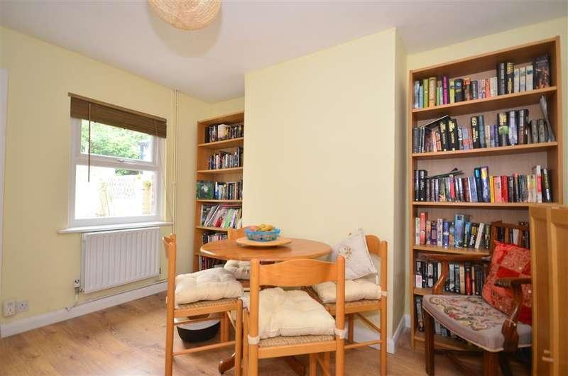 2 Bedrooms End Of Terrace House for sale in Hever Road, Edenbridge, Kent